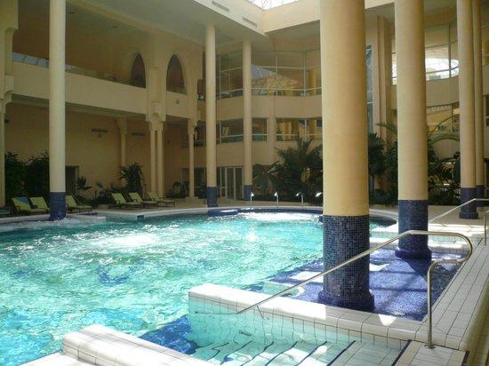 Hasdrubal Prestige Thalassa & Spa: Piscine centre de thalasso