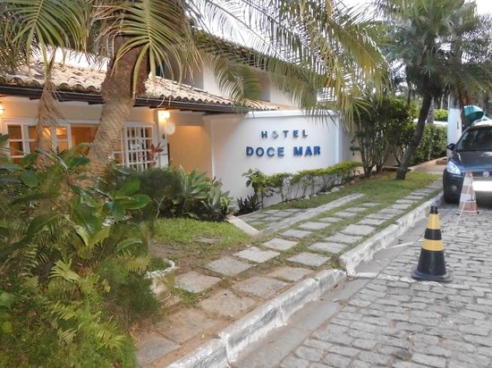 Hotel Doce Mar : frente de la posada