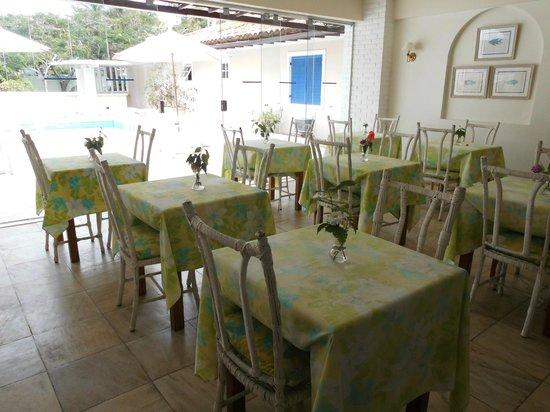 Hotel Doce Mar : salón comedor
