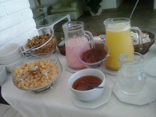 Hotel Doce Mar : desayuno