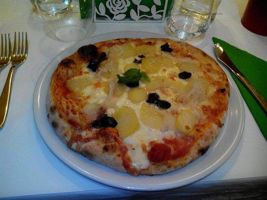 Rosso Pizza: Patate cipolla olive