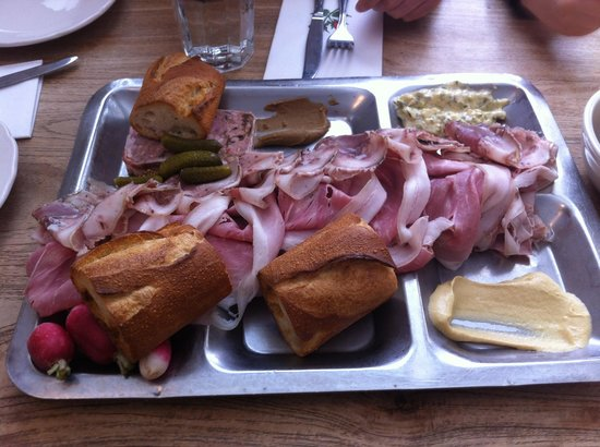 Photo of American Restaurant M. Wells Dinette at 4601 21st St, Long Island City, NY 11101, United States
