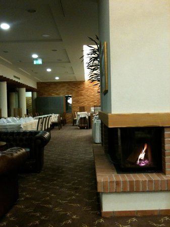 Hotel Spik Alpine Wellness Resort: Piccola parte area colazione e cena 1