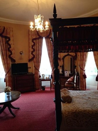 Old Rectory Hotel: nice big suite so you can really settle in