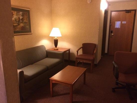 BEST WESTERN West Towne Suites: our room/suite