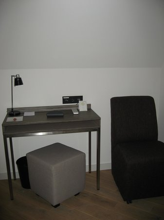 Gideon Hotel : Schreibecke