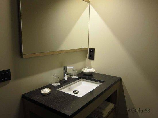 Guesthouse Begijnhof: Bathroom