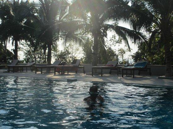 Tantawan Bungalow : Pool am späten Nachmittag