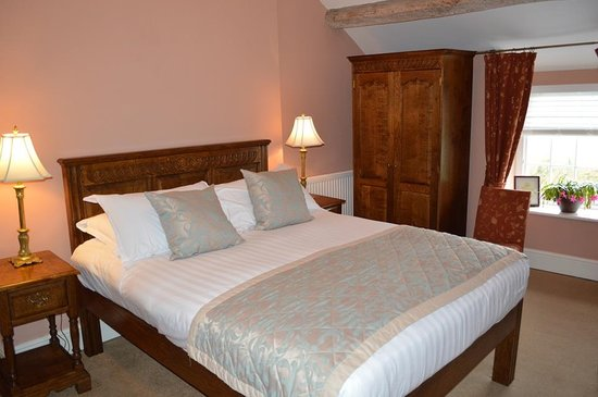 Brigands Inn: Ystafell wely i'r teulu / Family bedroom