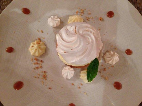 Restaurant beaune Le Fleury: Menu bienvenu, dessert, citron tart