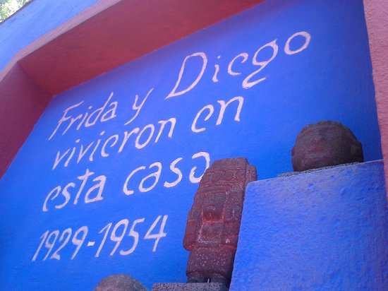 Musée Frida Kahlo : Patio entrance to Museum.