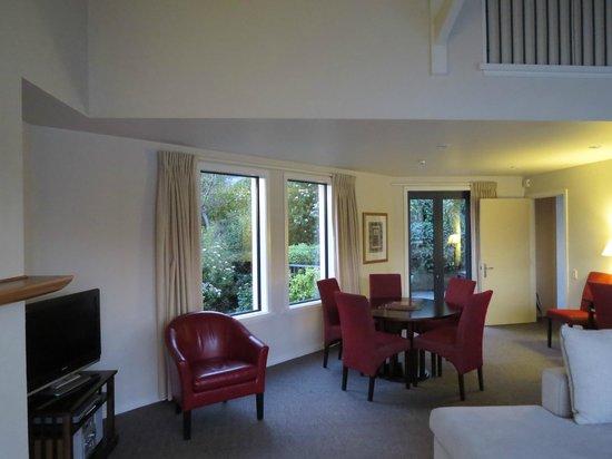 Villa del Lago : dining room