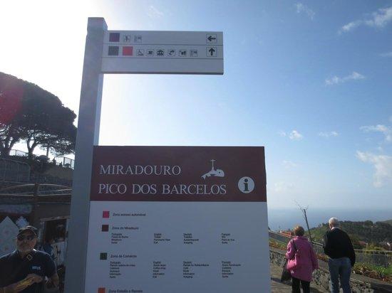 Miradouro Pico Dos Barcelos: Entrada do Miradouro