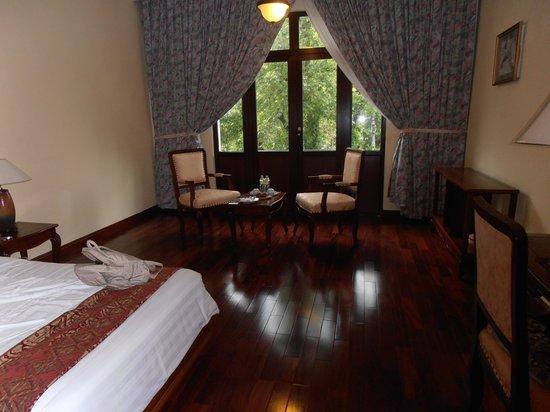 Hotel Saigon Morin: The bedroom