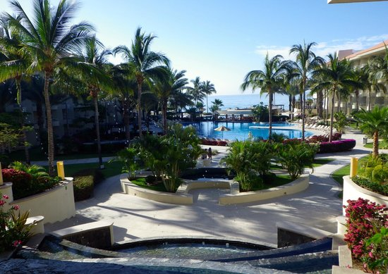 Barcelo Gran Faro Los Cabos : View of hotel from lobby