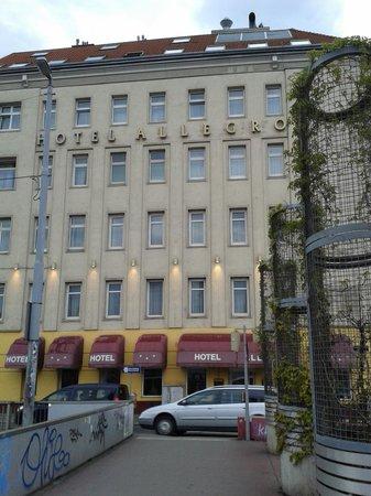 Hotel Allegro: fronte hotel