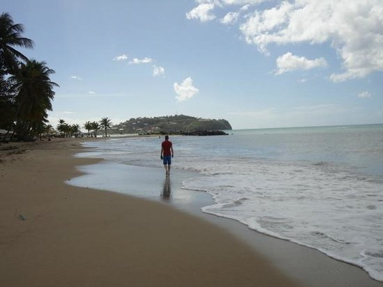 Rendezvous Resort: A stroll on the beach - on your doorstep