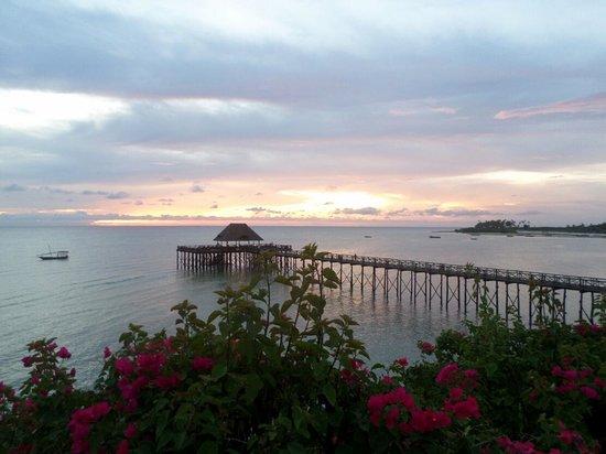 Sea Cliff Resort & Spa: Sunset at Sea Cliff