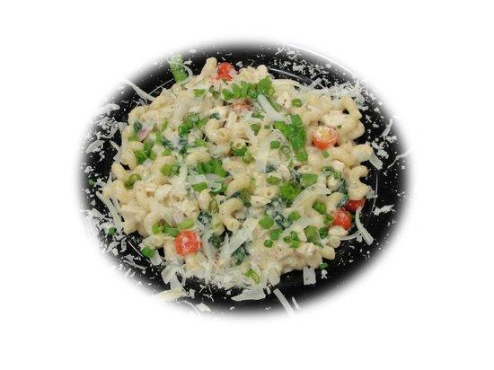 Basil's Restaurant: Chicken & Spinach Pasta