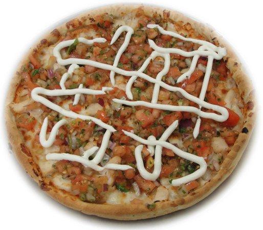 Basil's Restaurant: Chipotle Chicken Pizza