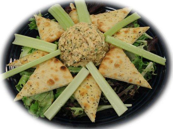 Basil's Restaurant: Buffalo Chicken Salad