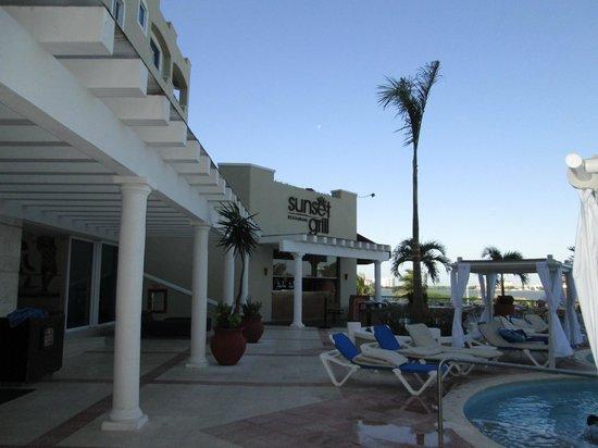 Gran Caribe Resort: Sunset Grill Resto