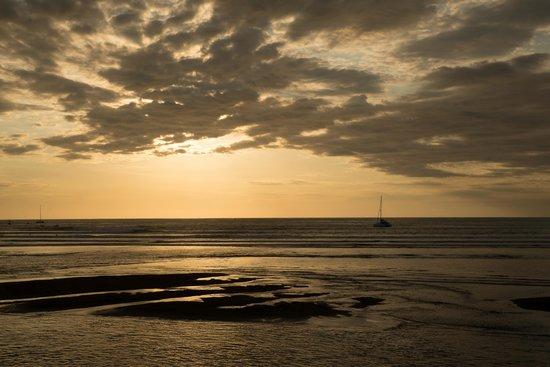 هوتل فيلا رومانتيكا: Sonnenuntergang in Quepos