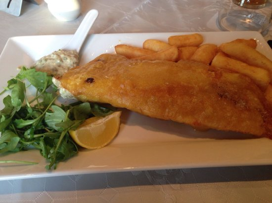 West Highland Hotel: Fish and chips