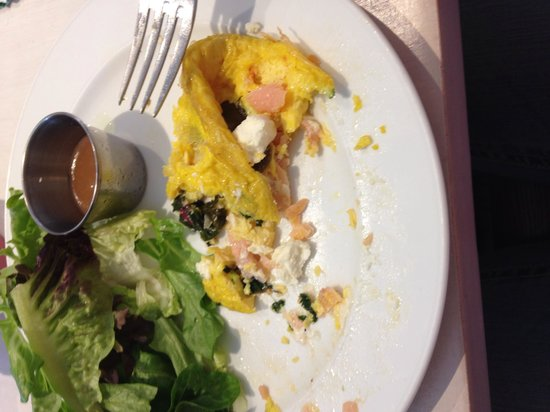 Spoon: Smoked Salmon Omelet w/ a side of Mixed Greens