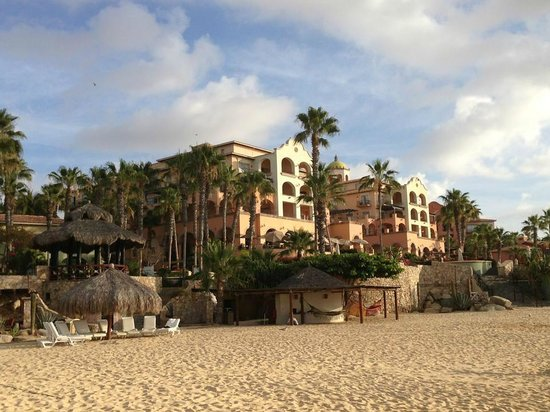 Sheraton Grand Los Cabos Hacienda del Mar : View of the hotel from the Beach.