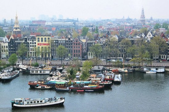 Bibliothèque centrale (Openbare Bibliotheek) : View across Amsterdam city centre from the 7th floor terrace of the library