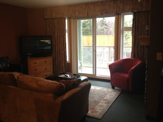 Windtower Lodge & Suites: Family room