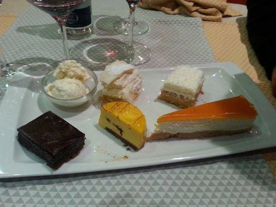 Donde Pablo: Assortiment de desserts délicieux, Un restaurant avec des desserts à ne pas manquer surtout moel