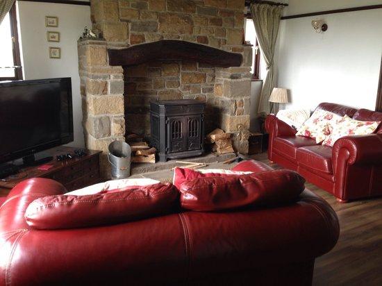 Quarlton Fold Farm : Sitting room, so comfortable