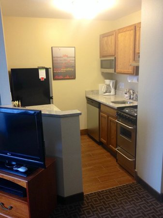 TownePlace Suites Salt Lake City Layton: Newly Renovated!! All rooms have full kitchens!