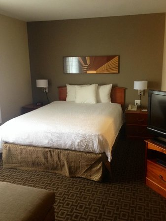 TownePlace Suites Salt Lake City Layton: Newly Renovated!! New queen beds in every room!