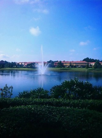 Encantada -The Official CLC World Resort : grounds with lake