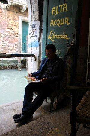 Libreria Acqua Alta: Nice corner