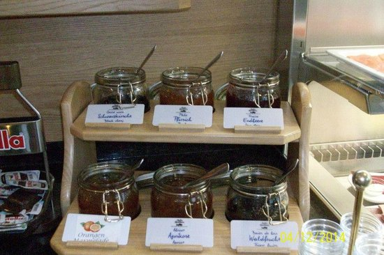 Quality Hotel Muenchen Messe: Jams, and Marmalades
