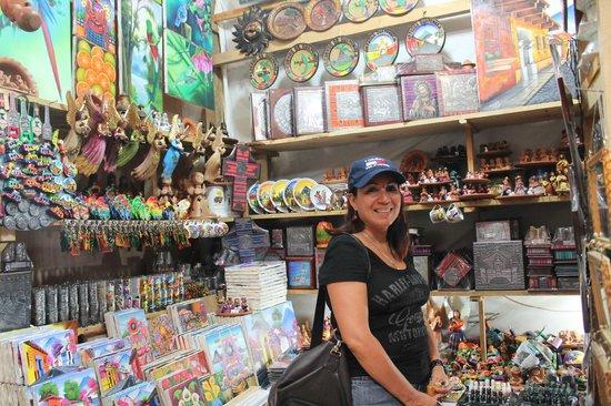 Hotel Posada Dona Luisa: mercado de artesanias
