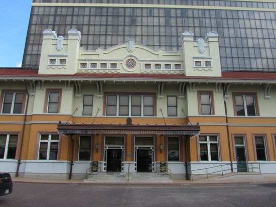 Pensacola Grand Hotel: Original Train Depot
