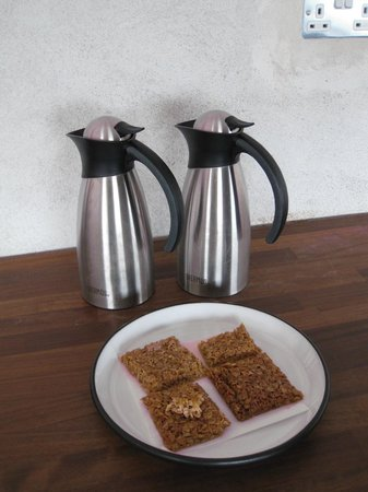 Inis Meain Restaurant & Suites: Welcome flapjacks