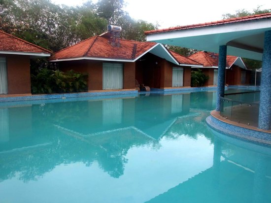 Rooms With Direct Pool Entry Picture Of Saj Earth Resort Nedumbassery Tripadvisor