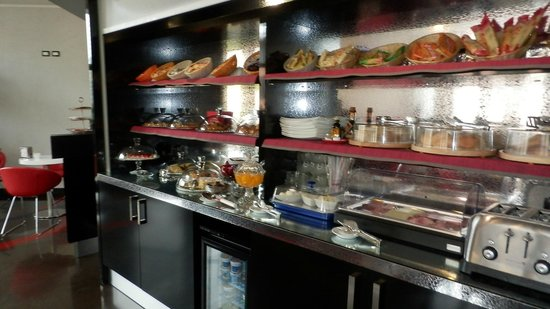 Hotel Milano Navigli: buffet!