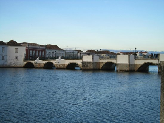 Tavira Lounge: Tavira's 'Roman' Bridge as seen from our table