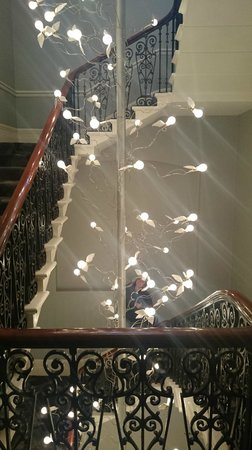 The Ampersand Hotel: Chandelier through the stairway