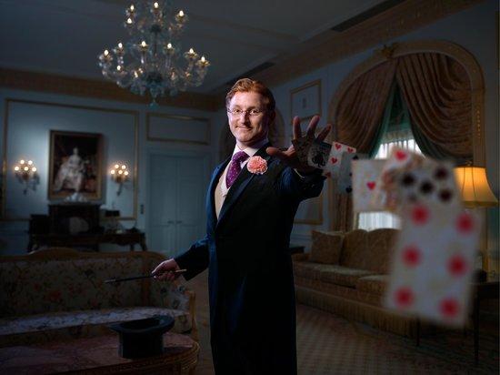 Steve Cohen's Chamber Magic: Magician Steve Cohen in the Waldorf Astoria