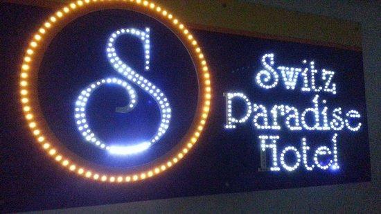 Switz Paradise Hotel: Easy access to main entrance from level 3 carpark