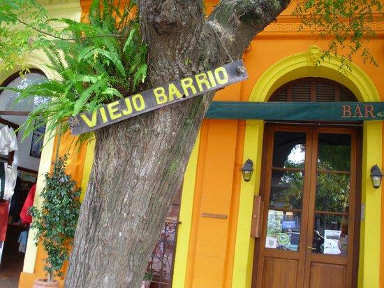 Viejo Barrio Restaurant and Bar: entrada