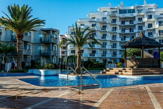 HG Tenerife Sur Apartments : 1. etg i dette bygget er et dårlig valg...